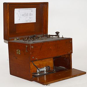 Wireless Telegraph Set Trench 130 watt Wilson.jpg